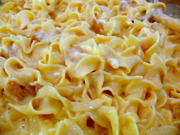 Creamy Pareve Vegetable Noodle Kugel