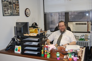 Rabbi Juravel office-web